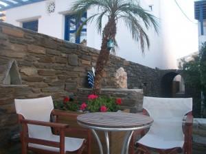 Tinos apartments studios Zalonis, Ενοικιαζομενα διαμερισματα Τηνος